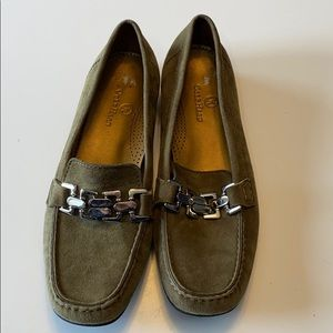 NWOT Cole Haan Loafers